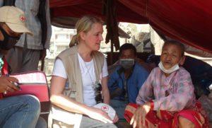 Ylva Jonsson Strömberg, Röda Korset, vid en katastrofinsats i Nepal. Foto: Red cross